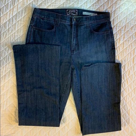 NYDJ Denim - NYDJ slight bootcut Jeans darkwash